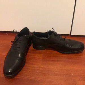 Zara black men's lace up dress shoes in size 40